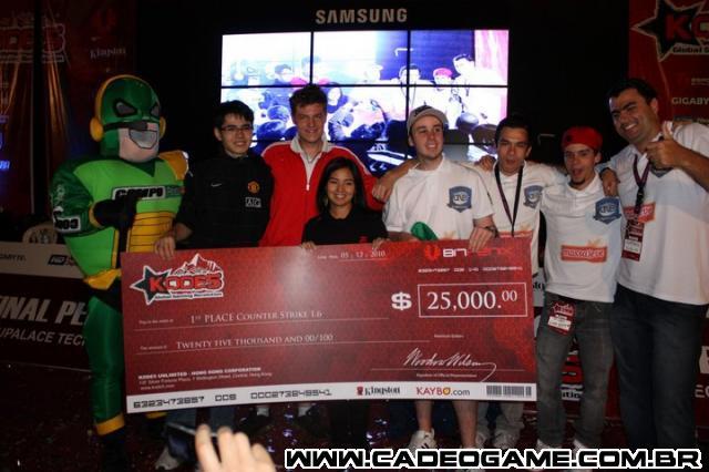 http://www.cadeogame.com.br/z1img/05_01_2011__03_46_00439927fe1adb792591f000892862f170dd695_640x480.jpg