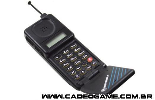 http://www.unlockunit.com/blog/wp-content/uploads/2014/12/Motorola-MicroTAC.jpg