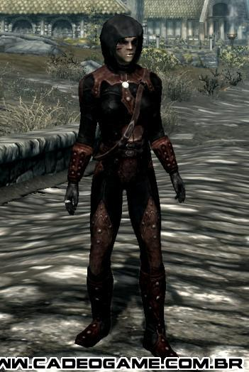 http://images2.wikia.nocookie.net/__cb20120513064915/elderscrolls/images/f/f6/Shrouded_Armor_Female.png
